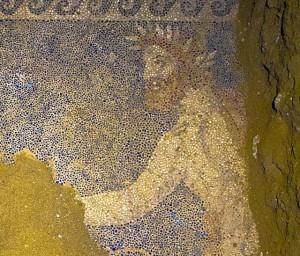 Oudste graftombe in mozaiek op vernieuwde website
